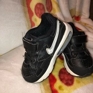 Toddler size 6 Nike Air Max